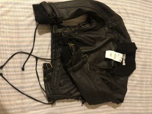 Zara Xs faux leather jacket (cropped) for Sale in Mountain View, CA
