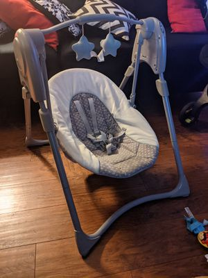 Baby swing Graco for Sale in Downey, CA