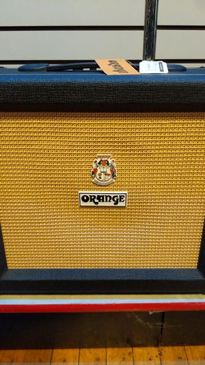 Orange Crush 35RT guitar amp for Sale in Downers Grove, IL