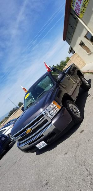 2011 CHEVY SILVERADO ONLY 54K+ MILES for Sale in Riverside, CA