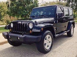 2007 Jeep Wrangler Unlimited Sahara Utility 4D for Sale in Dallas, TX