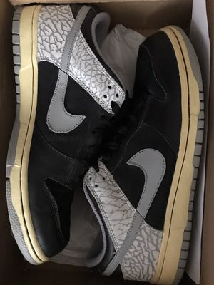 Nike dunk cement size 8 for Sale in Miami, FL