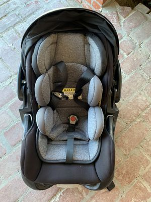 Baby trend car seat for Sale in Los Angeles, CA