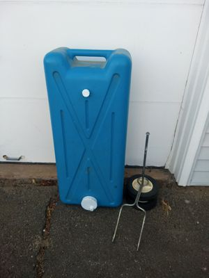 Portable rv drain water tank for Sale in Yalesville, CT