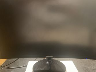 "Samsung 24"" LED Curved Monitor for Sale in Chicago,  IL"