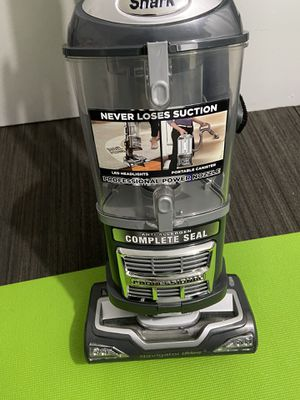 Vacuum cleaners for Sale in Bayonne, NJ