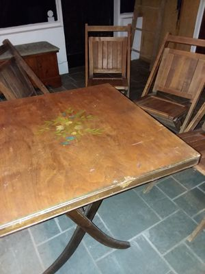 Vintage Folding Table with 4 Chairs for Sale in Columbus, MS