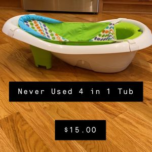 Never Used- 4 in 1 Baby Tub for Sale in Bourbonnais, IL