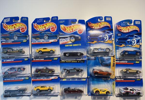 15 Hot Wheels Cars