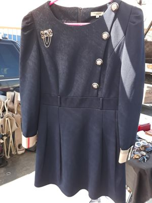 Burberry dress size Large for Sale in Rialto, CA