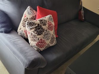 Ikea Knislinge 3-seater Sofa in good condition for Sale in Bellevue,  WA
