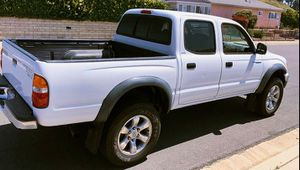 2003 Toyota Tacoma 2.7 LITER AUTOMATIC for Sale in Downey, CA