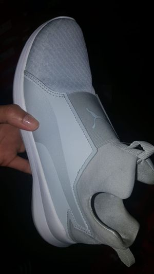 Adidas women's size 6.5 for Sale in Union City, NJ