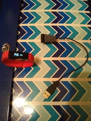Pink & Gold FitBit (m/n: FB406) for Sale in Dallas, TX