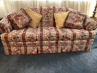 Sofa And Loveseat Set for Sale in Nashville,  TN