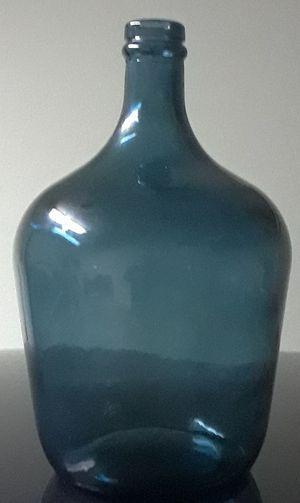 Small Dark blue Vase for Sale in Tampa, FL