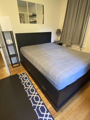 Bed frame with storage (MATTRESS NOT INCLUDED) for Sale in New York, NY