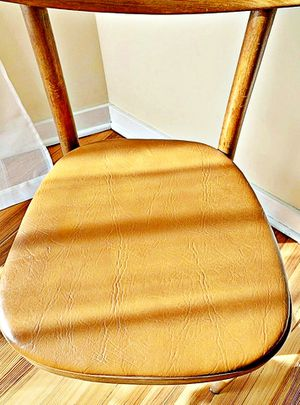 Wooden Shelby Williams Industries MCM chairs (4) with leather seat cushion. for Sale in Haddon Township, NJ