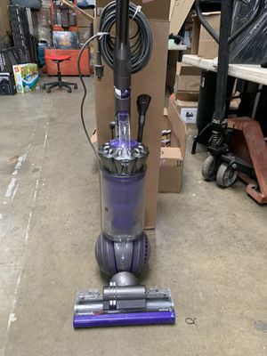 Dyson UP20 Ball Animal 2 Upright Vacuum Cleaner for Sale in Norwalk, CA