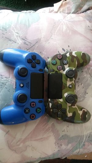 Ps4 controllers for Sale in Bakersfield, CA