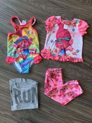 2T girl clothes for Sale in El Cajon, CA