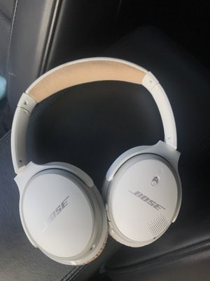 Bose Wireless headphones- model 2 for Sale in El Cajon, CA