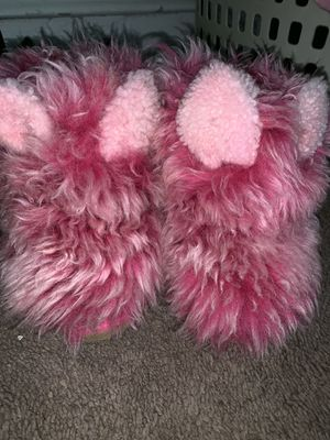 UGG PINKIPUFF LIMITED EDITION TODDLER SIZE 7 for Sale in Folcroft, PA