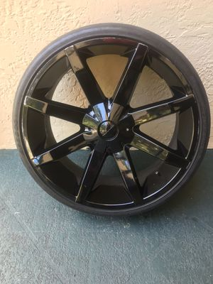 """24"""" Rims very nice fits any lugs universal , don't fit on Audi's because of different lug style serious buyers please no cashier checks!!!! for Sale in Oakland Park, FL"""