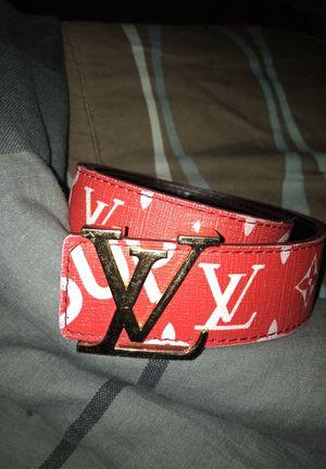 Louis Vuitton supreme belt!! for Sale in Orlando, FL
