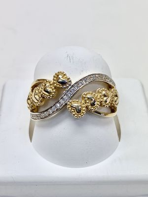 14 k gold woman ring made in Italy ( M33) for Sale in Houston, TX