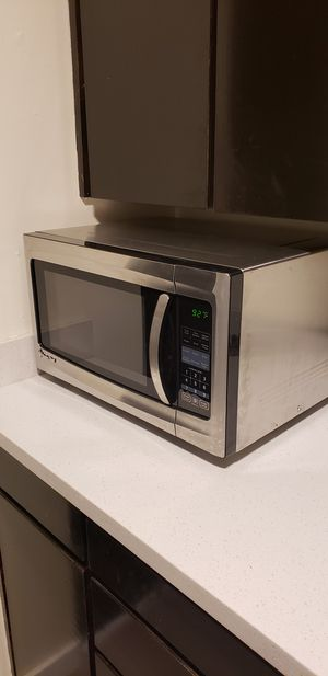 Magic Chef Microwave for Sale in Seattle, WA