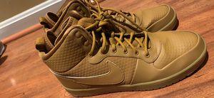 Nike shoe for Sale in Centreville, VA