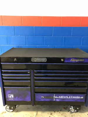 Snap on black knight toolbox special addition with the new four wheels and new door slider and a new handle end new door mate for Sale in Milton, MA