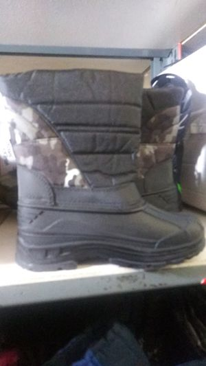 Kid's Snow Boots for Sale in Hacienda Heights, CA