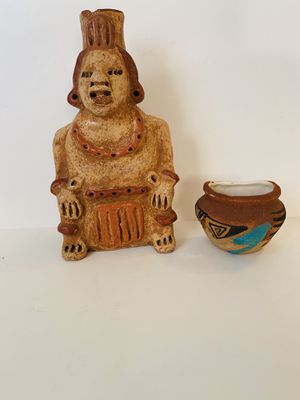 "Artisan Pottery Statue 9"" Height x 5"" Wide for Sale in Downey, CA"