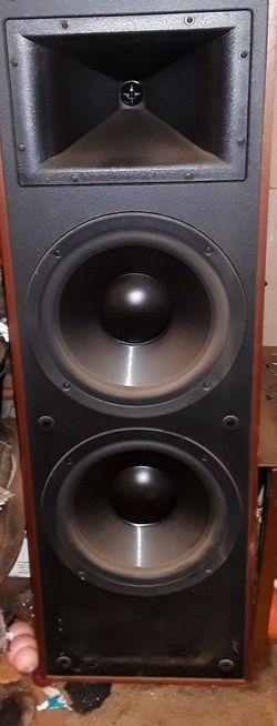 Pair of Klipsch floor speakers for Sale in Tinton Falls,  NJ