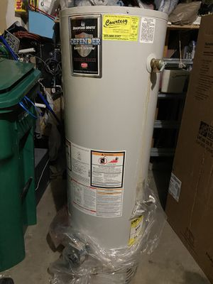 Hot water heater for scrap for Sale in Aurora, CO