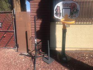 Baseball trainer t stand basketball hoop children's for Sale in North Las Vegas, NV