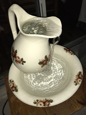 Pitcher and basin water feature / fountain for Sale in Winter Springs, FL