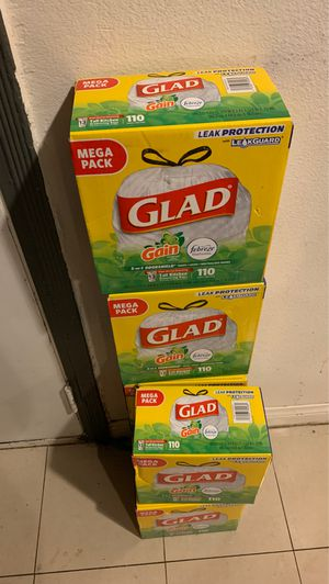 Glad 110 bags each box is 9$ for Sale in Los Angeles, CA
