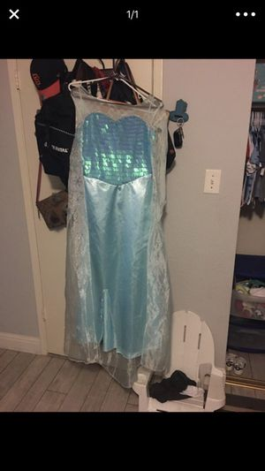 Size adult small Elsa dress for Sale in Citrus Heights, CA
