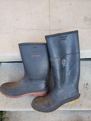 Rain boots for Sale in Montebello, CA