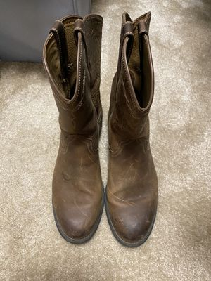 Ariat Boots lightly used great condition 12 wide for Sale in Manteca, CA