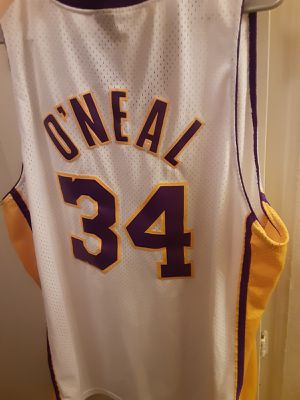 Mens Nike Lakers Jersey size XXL for Sale in Ontario, CA
