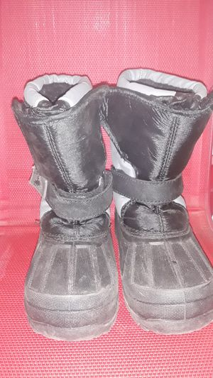 Kid's Snow Boots Size 10m for Sale in Perris, CA