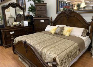 Quality Furniture - Queen Bed Set for Sale in Fresno, CA