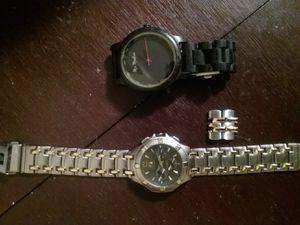 2 men's watches for Sale in Gibsonton, FL