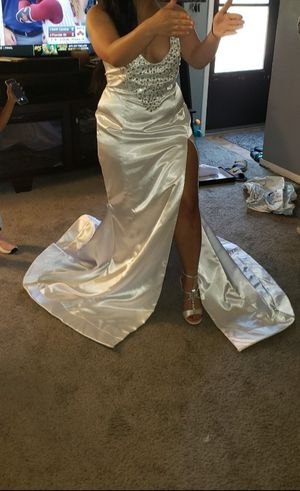 Pure white silk dress for Sale in Pittsburgh, PA