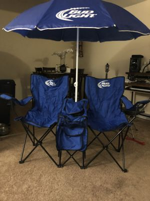 Double Seat Lawn Chair With Table and Cooler *PENDING SALE* for Sale in Milford, CT