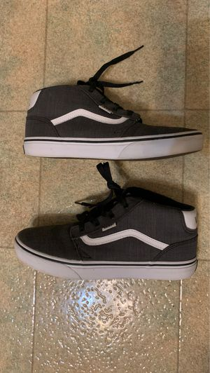 Vans Shoes Gray 6.5M for Sale in Lexington, KY